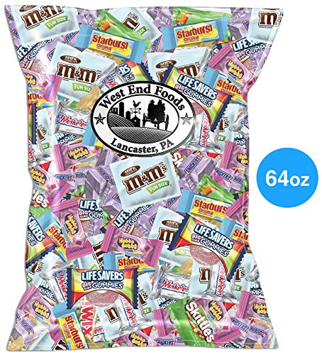 Assorted Candy Chocolate (64oz Pack) M&M's, Snickers, Twix, Skittles, LifeSavers, Starburst, Gum, 3 Musketeers for Kids Baskets ()