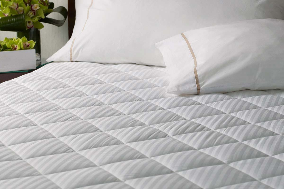Westin Hotel Mattress Pad - King by Westin Hotels