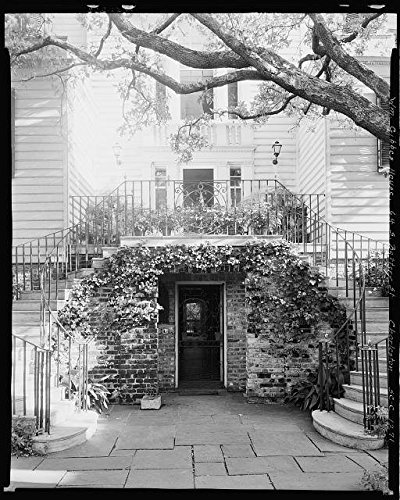 Photo: 64 South Battery,Gibbes,William House,Charleston,South (Stairway Plant Stand)