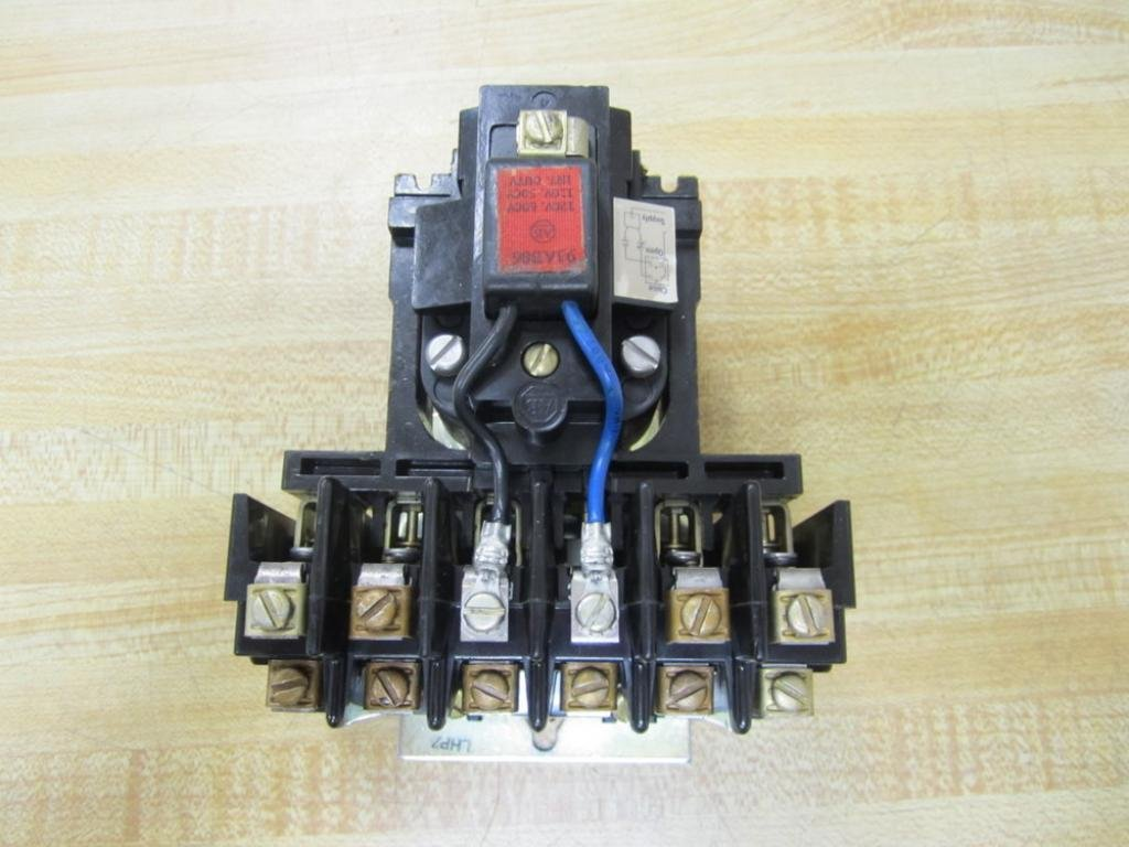 Allen Bradley 700 Brm400a1 Series B New Out Of Box Solid State Relay Z240d10 Industrial Scientific