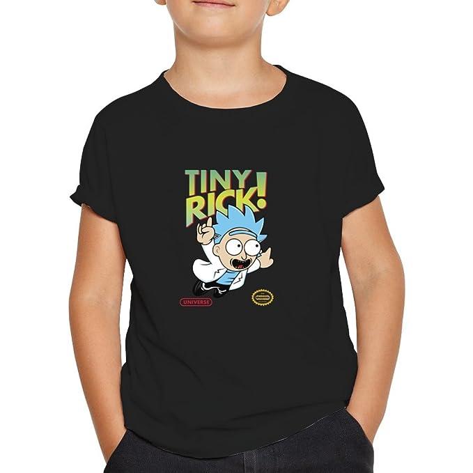 OKAPY Camiseta Rick y Morty. Una Camiseta de Niño con Rick paraodiando a Super Mario