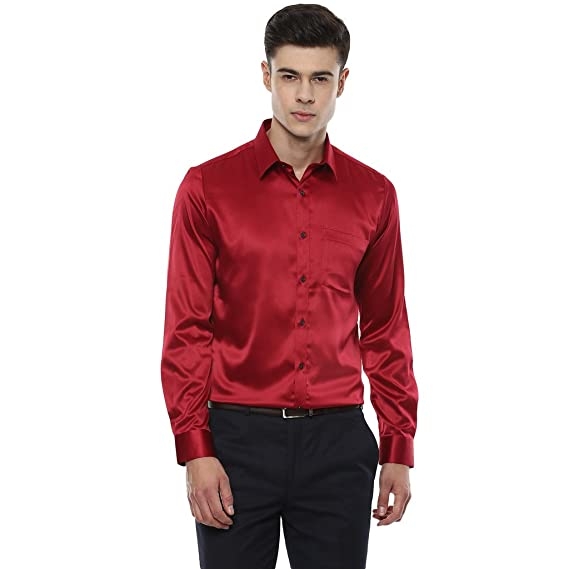 efb44239bb London Bridge Men s Solid Red Satin Slim Fit Partywear Shirt  Amazon.in   Clothing   Accessories