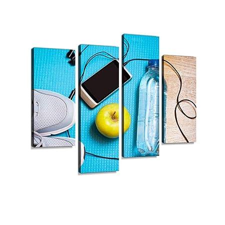 Zapatillas de deporte, agua, manzana, teléfono inteligente y ...