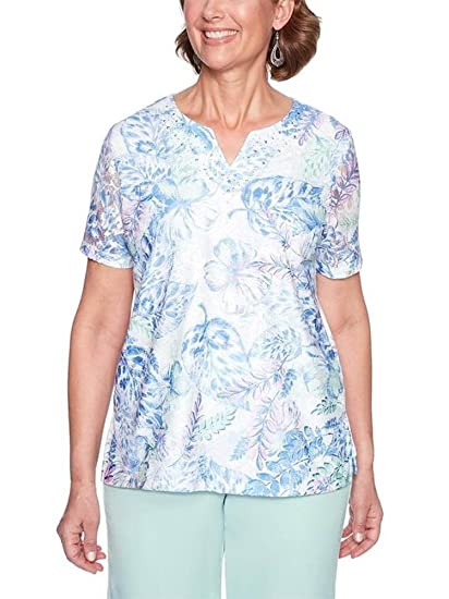 388ef6e530084 Alfred Dunner Women s Daydreamer Lace Flower Top at Amazon Women s ...