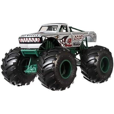 Hot Wheels V8 Bomber Monster Truck, 1:24 Scale: Toys & Games