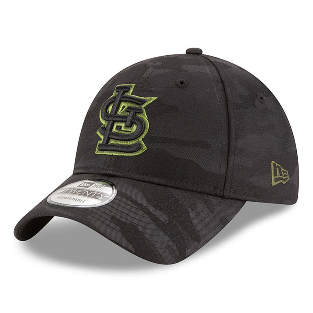 sneakers for cheap 1b6ea 1814a Amazon.com   New Era St. Louis Cardinals Memorial Day Camo 9TWENTY  Adjustable Hat Cap   Sports   Outdoors
