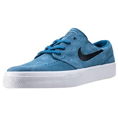 huge discount f81c5 0f2f1 NIKE Men s SB Zoom Janoski Ht Skate Shoe  Amazon.co.uk  Shoes   Bags