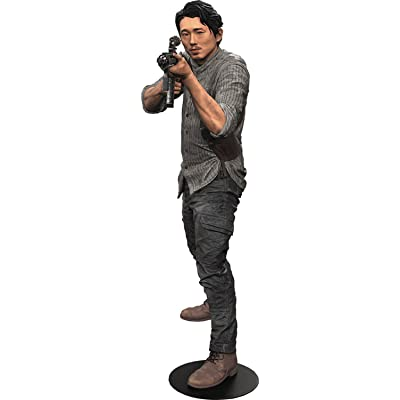 "McFarlane Toys The Walking Dead TV Glenn 10"" Deluxe Action Figure: Toys & Games"
