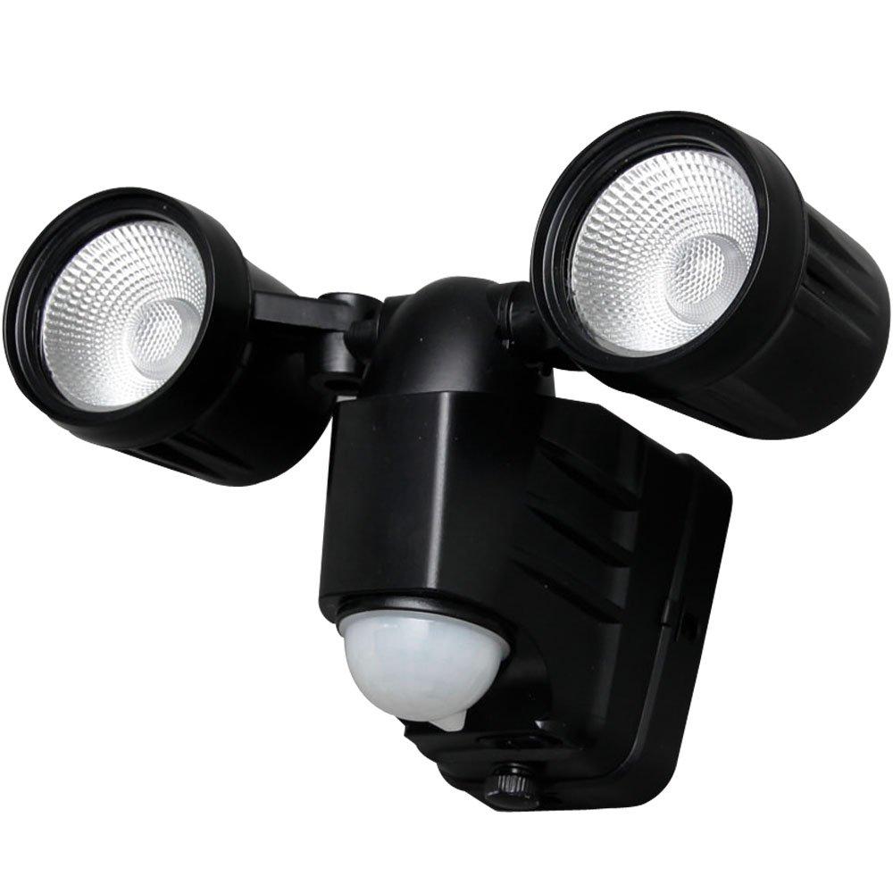 アイリスオーヤマ センサーライト LED 乾電池式 防犯