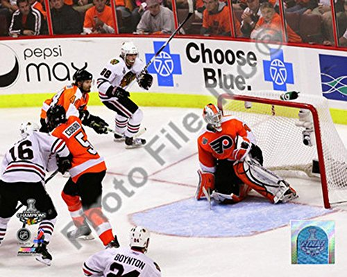 Patrick Kane Game Winning Goal 2009-10 Stanley Cup Finals Photo 10 x 8in