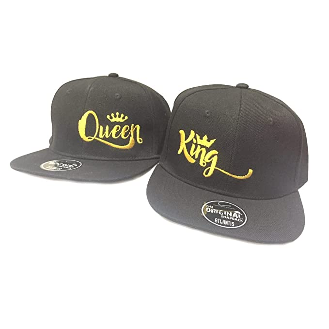 Coppia di Cappelli You and Me King e Queen Con Corona Neri Ricamo Oro   Amazon.it  Abbigliamento 04be279ed1e6