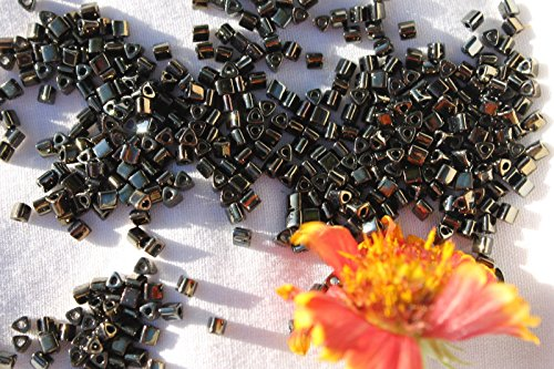 8/0 Triangle Toho Glass Seed Beads 6-Metallic Iris Brown 28 Grams # 83. Perfect for Earrings, Necklaces or (Opal Glass Triangles)
