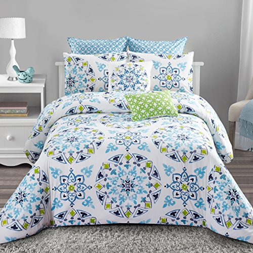 Style quarters Cassie 7pc Comforter Set - Charming Blue and Green Medallion Print - Machine Washable - Includes 1 Comforter + 2 Shams + 2 Euro Shams + 2 Decorative Pillows - Queen (King)