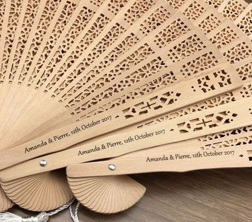 Printing 100 Pcs/Lot Printed Personalized Folding Wooden Carved Hand Fan Wedding Invitations Party Favors