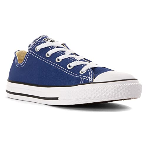 330a3cafda43ef Converse Chuck Taylor All Star Oxford Fashion Sneaker Shoe - Roadtrip Blue  - Boys - 3  Amazon.co.uk  Shoes   Bags