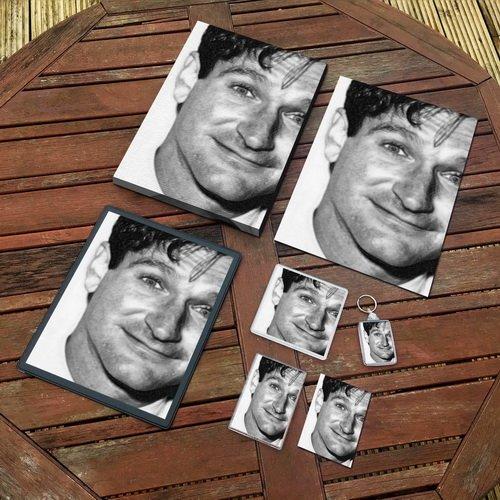 Robin Williams - Original Art Gift Set #js002 (Includes - A4 Canvas - A4 Print - Coaster - Fridge Magnet - Keyring - Mouse Mat - Sketch Card)