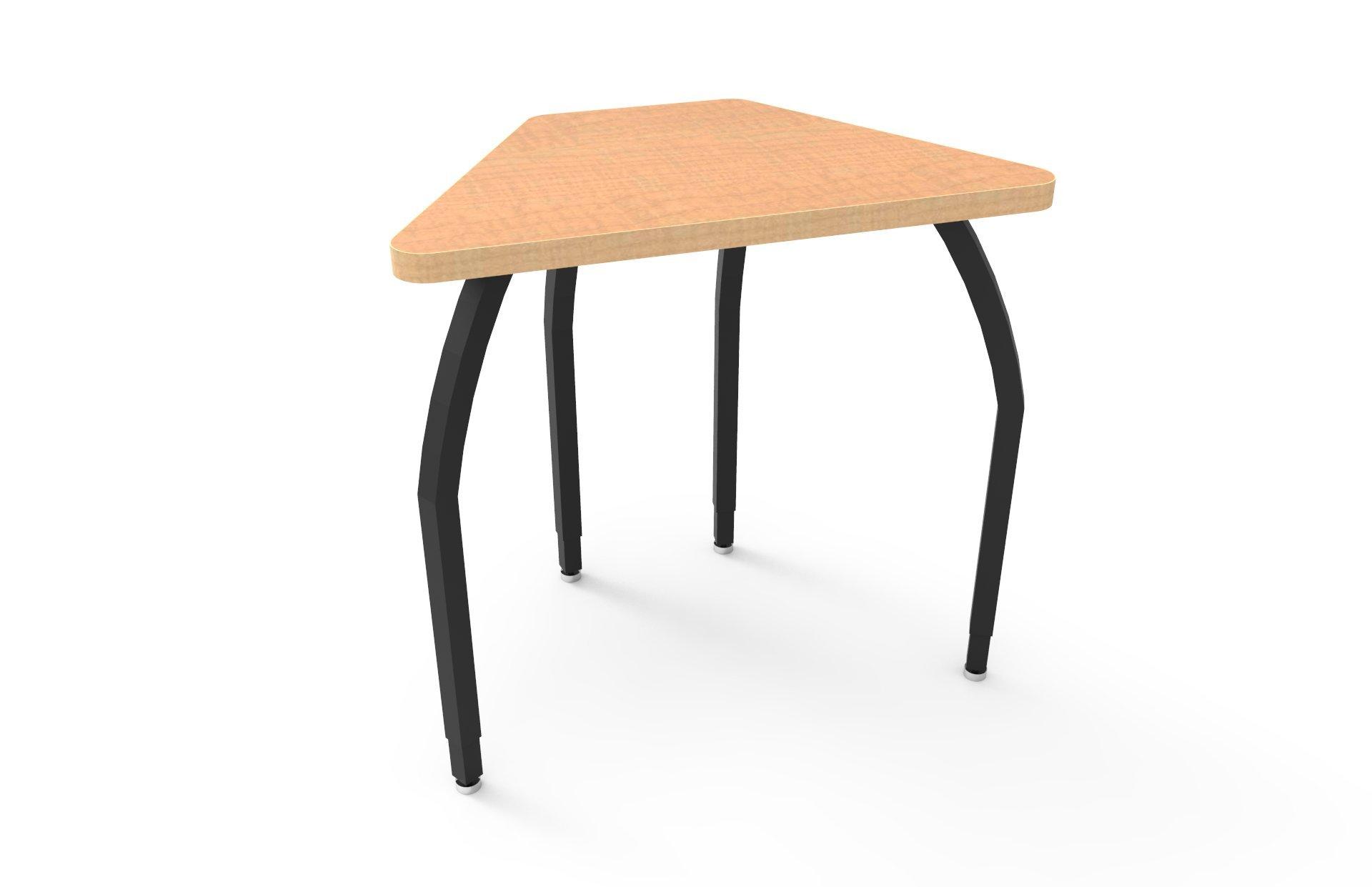 ELO Connect 6 desk, Fusion Maple laminate & banding w/4 adjustable black legs
