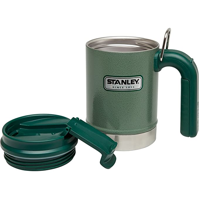 43933a5a1df Amazon.com : Stanley Classic Vacuum Camp Mug 16oz Hammertone Green,  16-Ounce : Sports & Outdoors