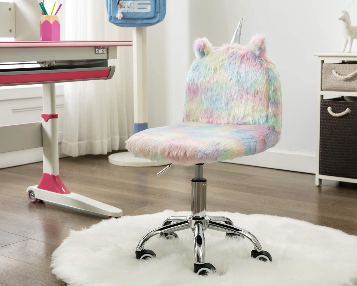 CIMOTA Cute Furry Children Desk Chair Colorful Small Rolling Chair for Kids Girls Boys, Adjustable Swivel Comfortable Child Computer Chair for Study Room