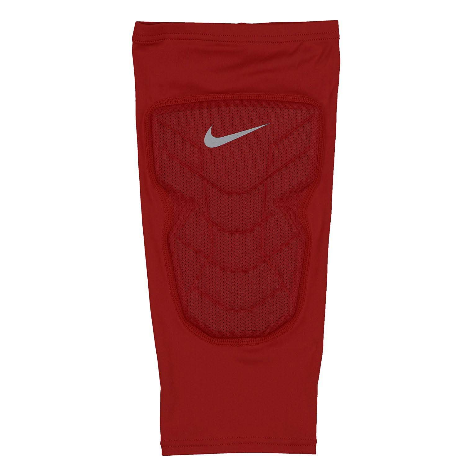 745f04495 Amazon.com : Nike Men's Pro Combat Hyperstrong Padded Basketball Knee  Sleeve Medium Crimson Red/Gray : Sports & Outdoors