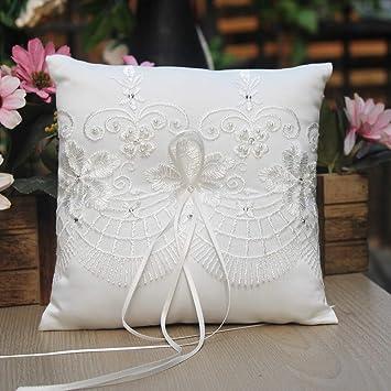 Cojín para anillo de bodas, de satén, color marfil y con encaje, adornado con lazos, 19 x 19 cm, portador de anillos para boda en playa de la marca ...