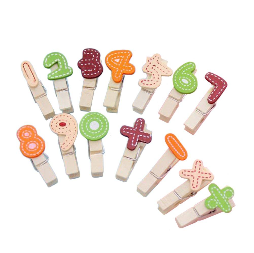 Da.Wa 12X Clavijas de Madera Mini Pinzas de Diseño de Letras y Número - con Cuerda de Cáñamo
