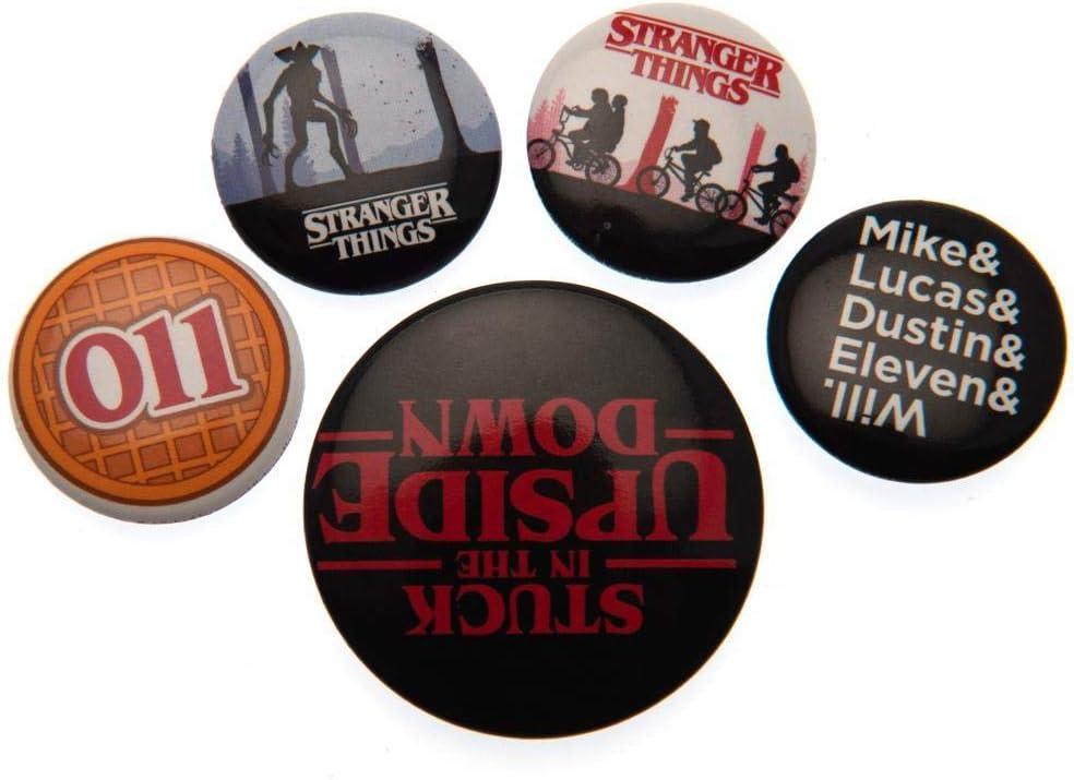 Stranger Things - Juego de insignias, multicolor, 10 x 12,5 cm: Amazon.es: Hogar