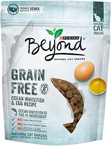 Purina Beyond Grain Free Ocean Whitefish Egg Recipe Natural Cat Snacks 2.1 oz. Pouch