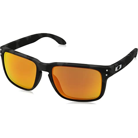 6fe0c18850 Amazon.com  Oakley Holbrook Sunglasses  Clothing