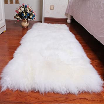 Grand Tapis Rectangle Blanc En Peau De Mouton Impression Fausse