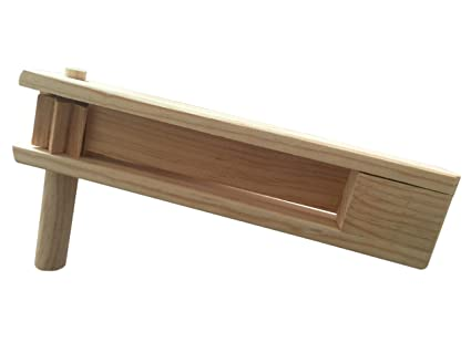 Amazoncom Handmade Wooden Matraca Noisemaker Rattle Ratchet Game