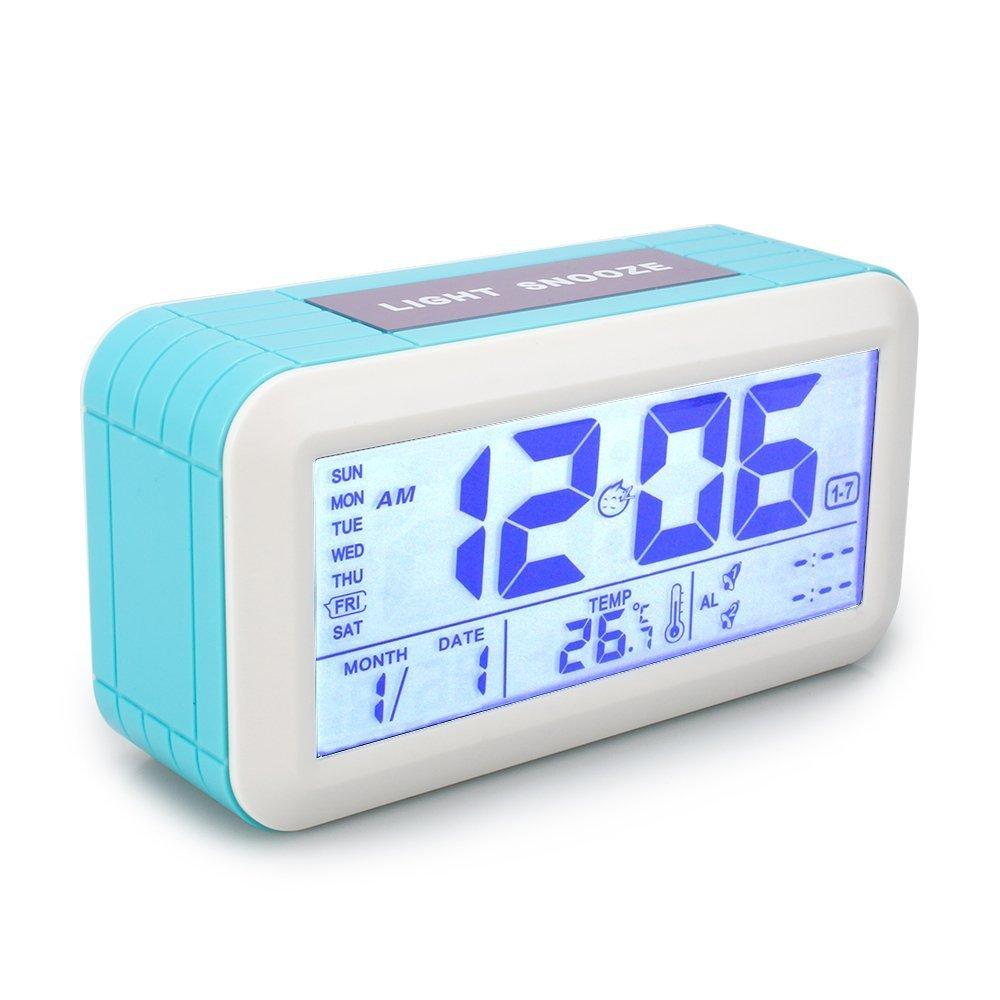 VADIV Sveglia Digitale CL02 Comodino con Dimmer,Luce Notturna, Snooze, 3 Modalità Funzionamento con 2 Allarmi sull'Orologio, Alimentate 3 Batterie AAA con Grande Display a Temperatura Ora Blu