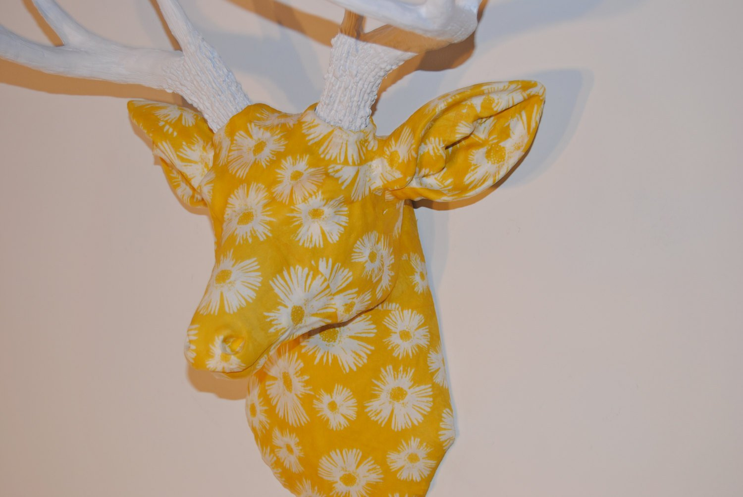Amazon.com: Fabric Deer Head Wall Mount - Yellow and White Flower ...