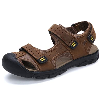 271a46855557 Eagsouni Men s Outdoor Trekking and Hiking Sandals Closed Toe Walking Beach  Summer Shoes Brown