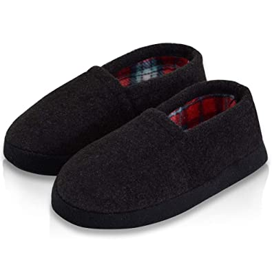 1452c312a5f2a LA PLAGE Boy/Little Kid Indoor/Outdoor Warm Cozy Comfy Plush Slip-on  Slippers with Hard Sole for Winter