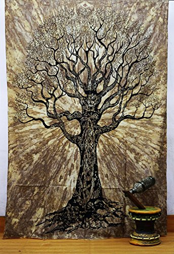 (Tie and Dye Tree of Life Tapestry, Hippie Gypsy Wall Hanging, Tree of Life Tapestry, New Age Dorm Tapestry. )
