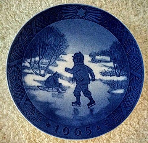 (Royal Copenhagen 1965 Christmas Plate