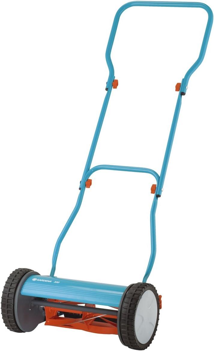 4. Gardena 15″ Silent Push Reel Lawn Mower