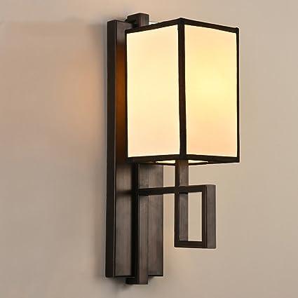 Lámpara de pared Lámpara de pie Pasillo de luz Balcón Salón Dormitorio Lámparas de hierro y linternas Iluminación antigua