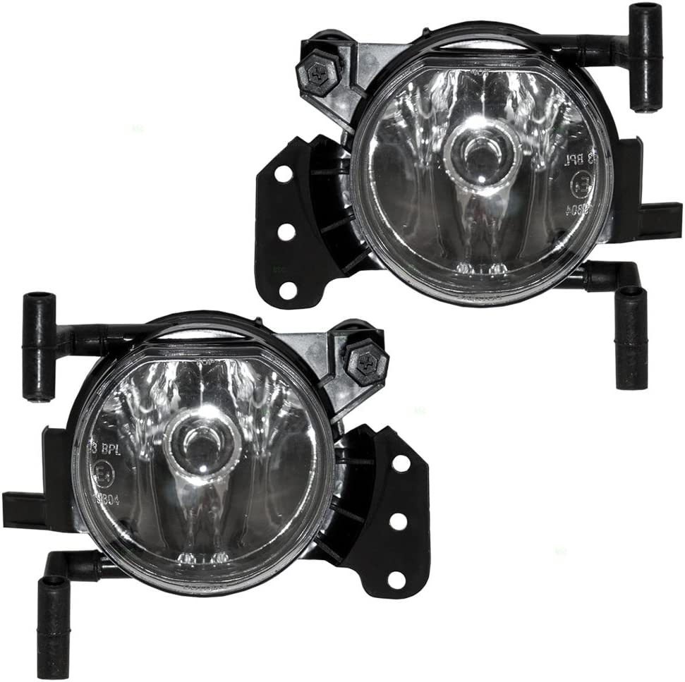 New Fog Light Trims Lamps Set of 2 Driver /& Passenger Side Sedan LH RH Pair