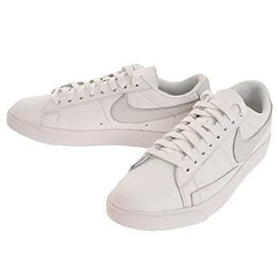 buy online 930da 5697a Nike Blazer Low Leather W Sneaker Damen WeissGrau Sneaker Low Amazon.de  Schuhe  Handtaschen