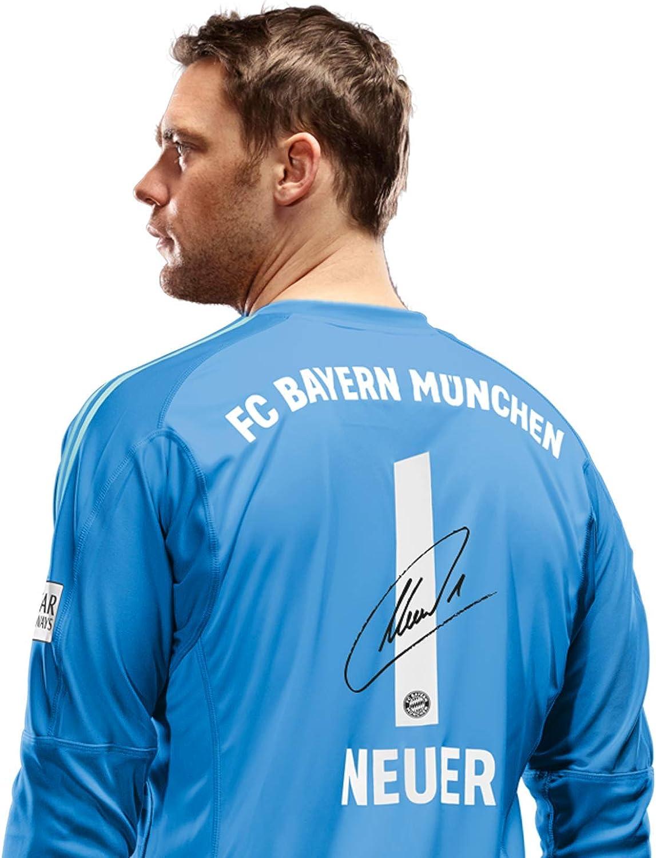 Fc Bayern Munich Children S Goalkeeper Shirt Manuel Neuer Number With Signature Flock Jersey 18 19 Blue 164 Amazon De Bekleidung