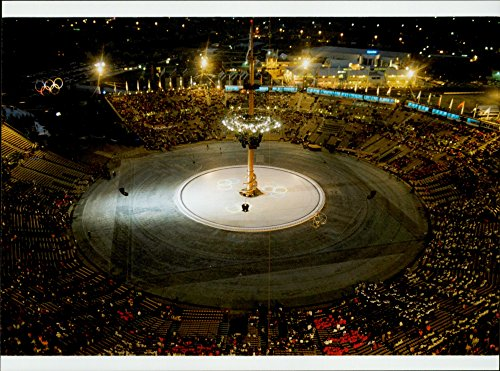 Vintage photo of The final ceremony at the 1992 Winter Olympics in Albertville 1992 ()
