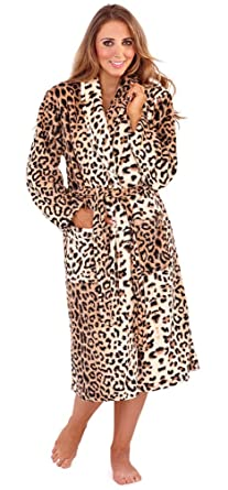 Gorgeous Ladies Wrapover Animal Print Flannel Fleece Knee Length Dressing  Gown with Shawl Collar 19a6dade3