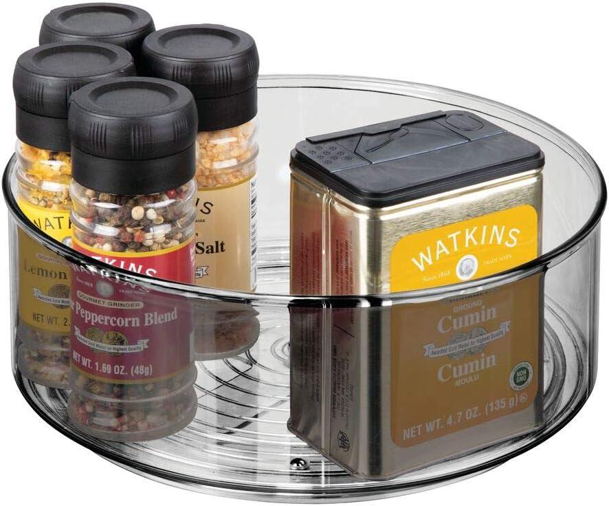 mDesign Plato giratorio para estantes de cocina – Práctico soporte para especias para los armarios de la cocina – Especiero giratorio de plástico con bordes muy elevados – gris humo
