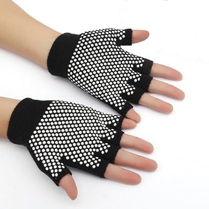 Amazon.com : USRommaner 3 Pairs Knitted Yoga Gloves Nonslip ...