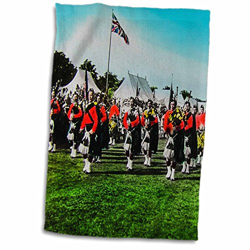 "3D Rose Vintage Scottish Pipers British Army Bagpipes Scotland 1910"" Hand Towel, 15"" x 22"""