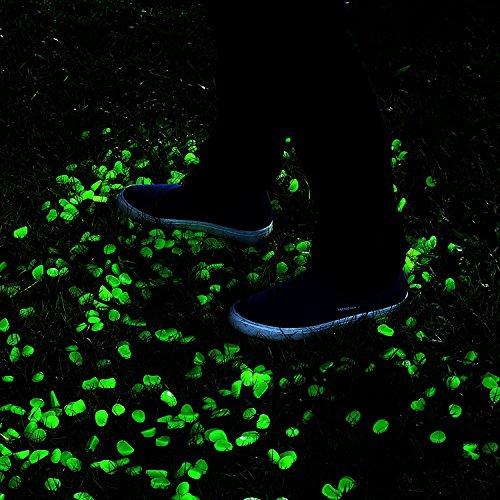 Boomile 100 pcs glow in the dark decorative garden pebbles for walkways garden path fish tank for Glow in the dark garden pebbles