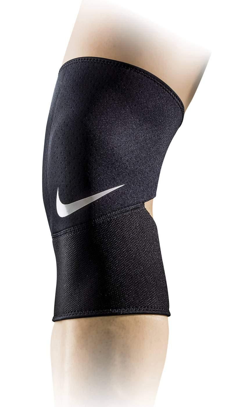102478d7a2 Amazon.com: NIKE Pro Closed-Patella Knee Sleeve 2.0: Sports & Outdoors