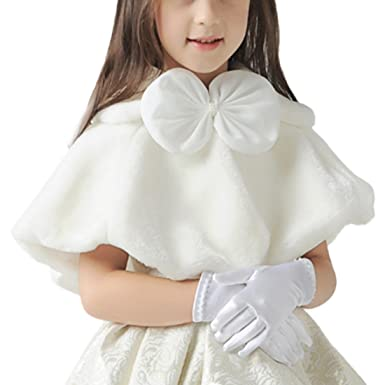 2a5746bfaf09e Little Girl s Winter Warm Faux Fur Cloak Cape Wedding Wrap Shawl   Amazon.co.uk  Clothing